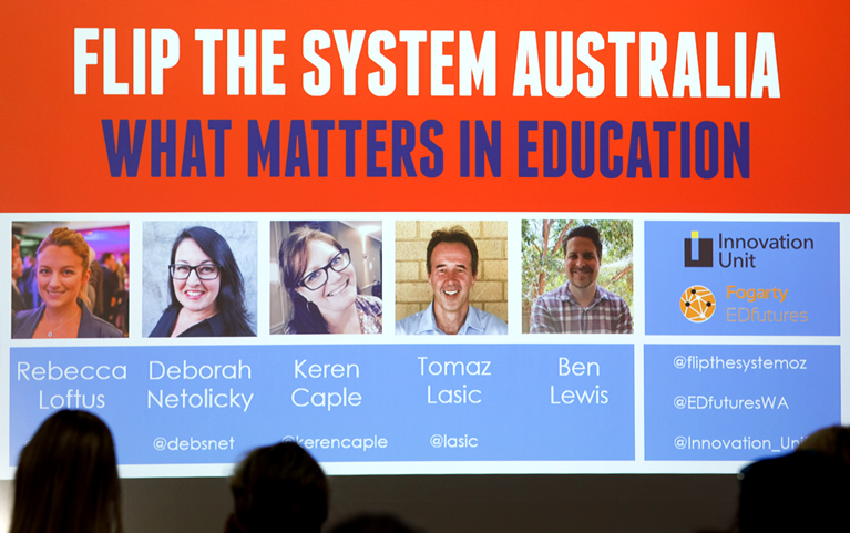 Presentatie boek Flip the system Australia in december 2018 in Perth